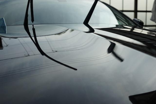 洗車後の拭き取りは水分を完全に拭きとる